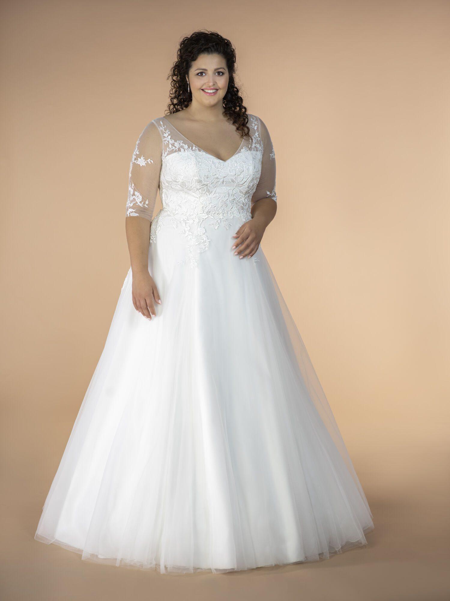 Svatební šaty s 3/4 rukávem