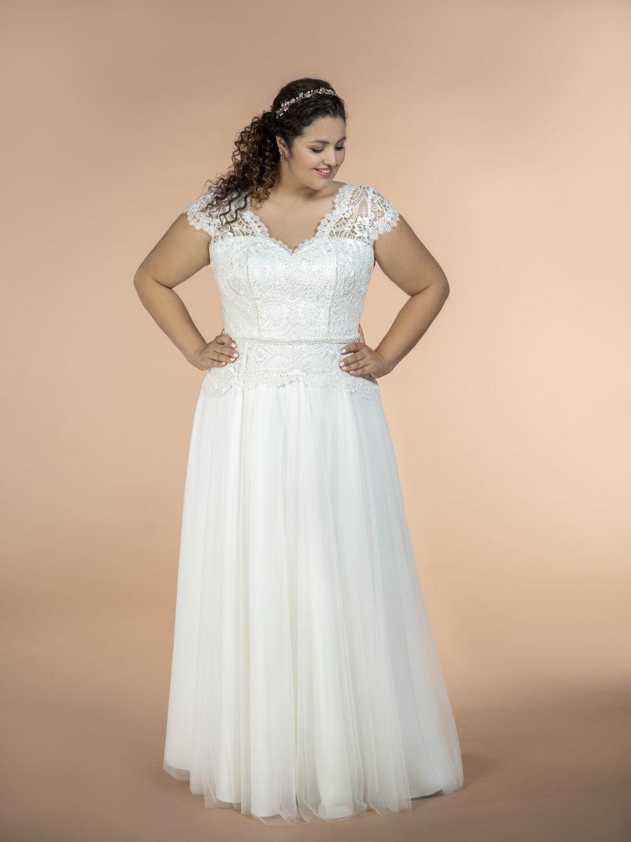 Svatební šaty velikosti 52