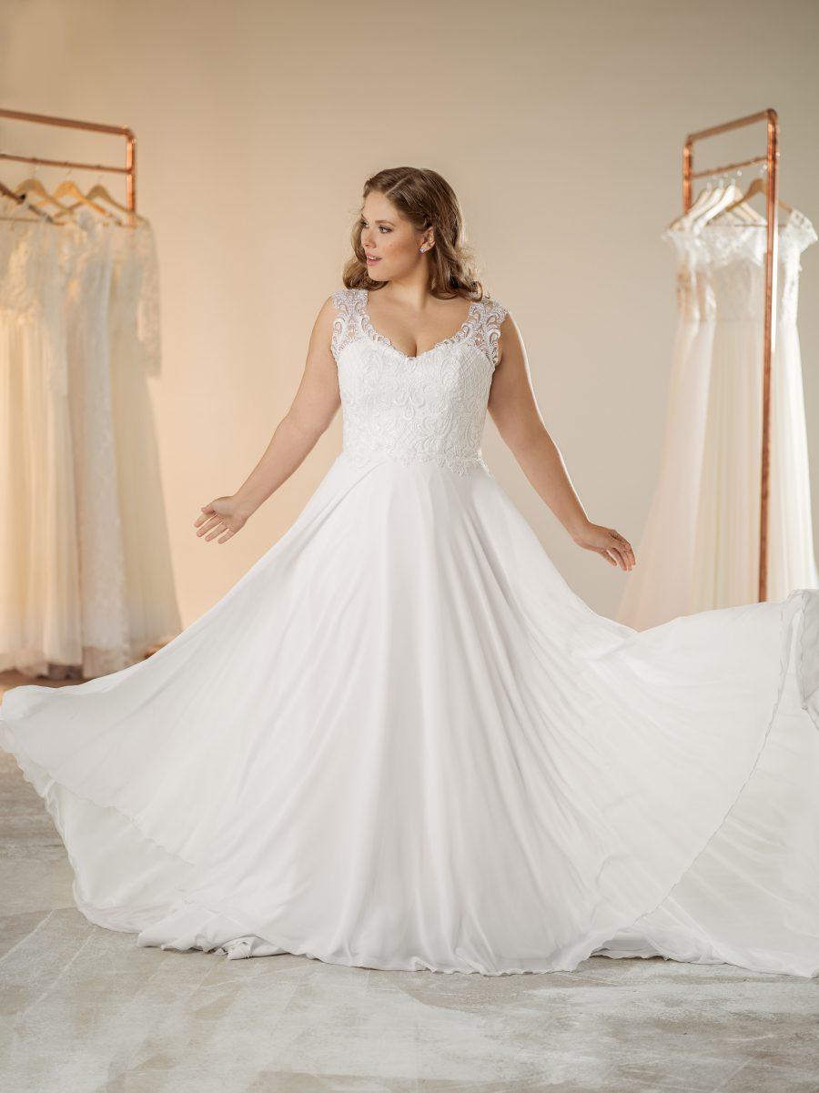 Boho svatební plus size šaty